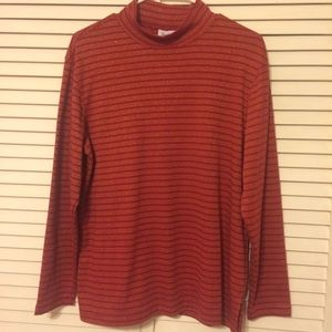 Westbound sz med pullover rust colored with gold